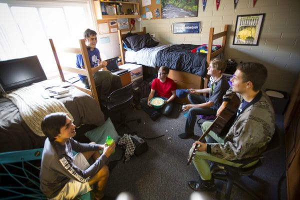 30 Dining Options And 23 Campus Residence Halls Nau