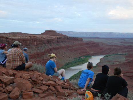students looking at canyon