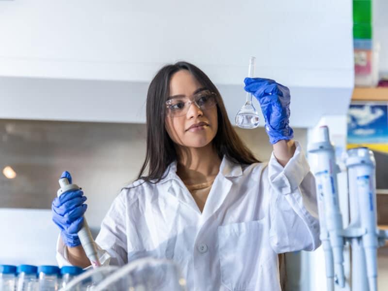 Mitzzy Lopez working in lab