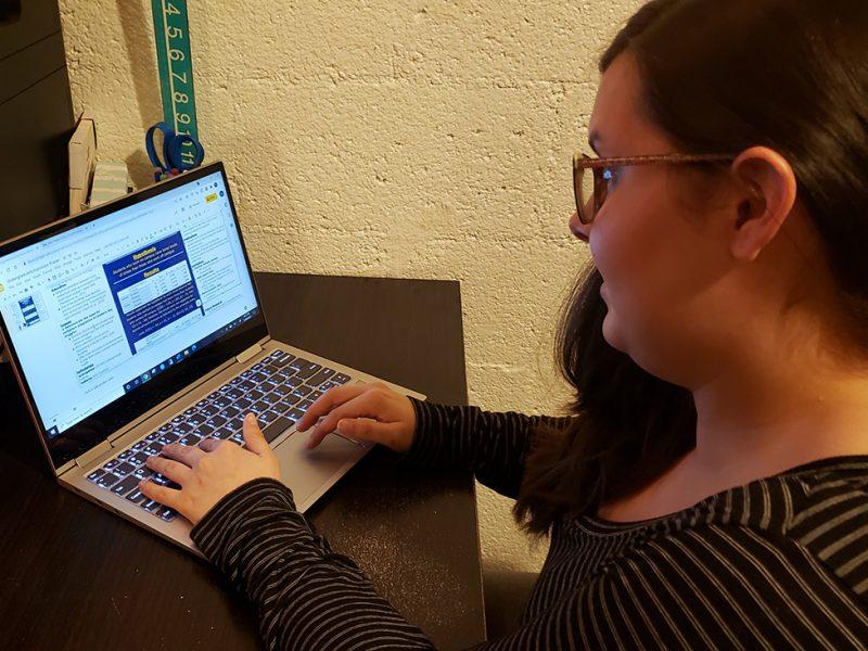 Hannah Bechtel typing on a computer.