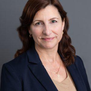 Betsie Rugg-Stassen headshot