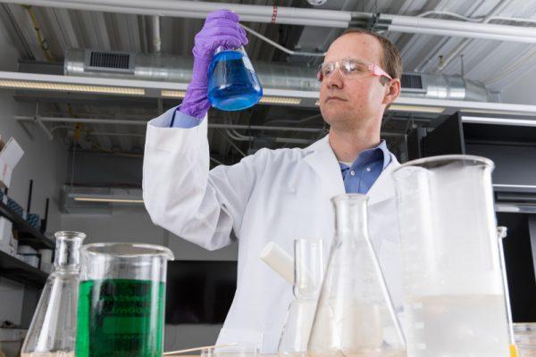 Slava Fofanov working in his lab