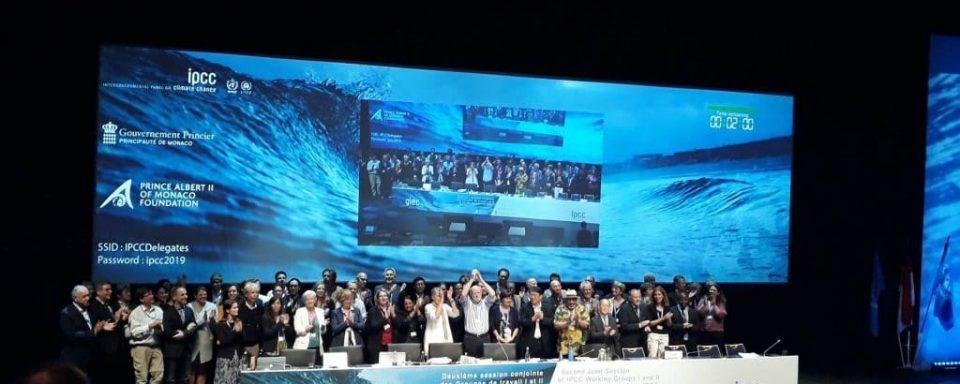 IPCC delegate group photo