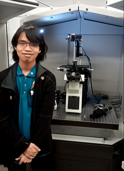 Jonathan Chin in a lab