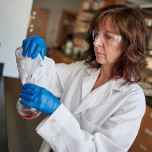 Cindy Browder working in her lab